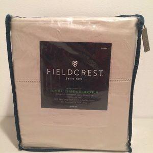 FieldCrest Queen Sheet Set